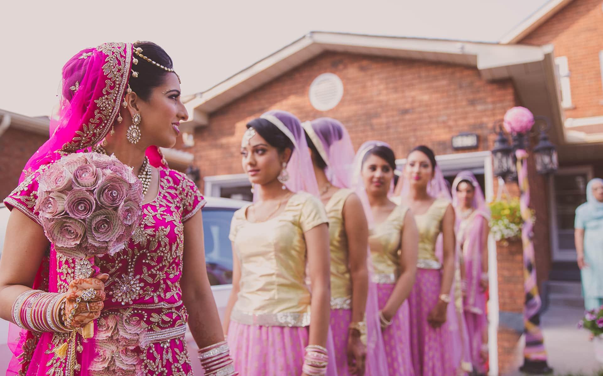 Bridal love toronto collection wedding show alfaaz for Wedding expo az