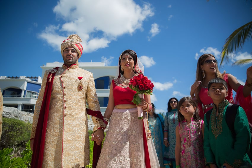 Destination-Beach-Wedding-Indian