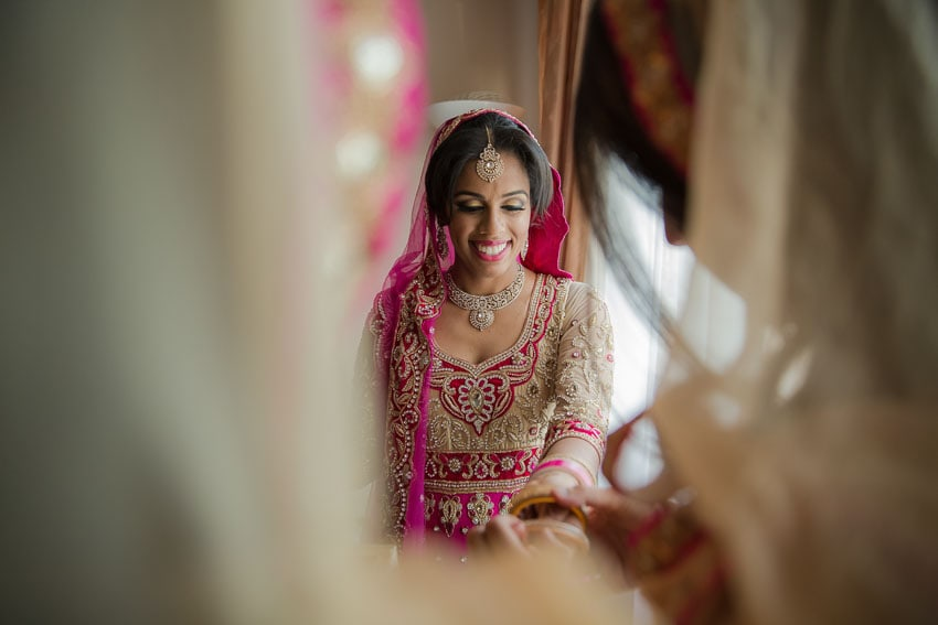 sikh-bride-getting ready