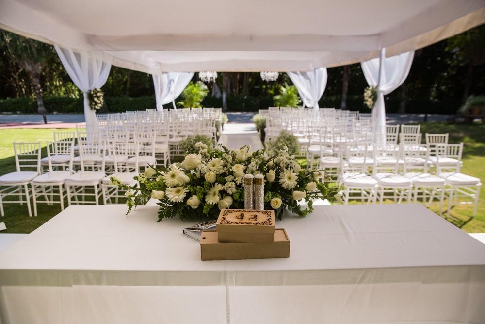 Catholic-Wedding-Oasis-Cancun