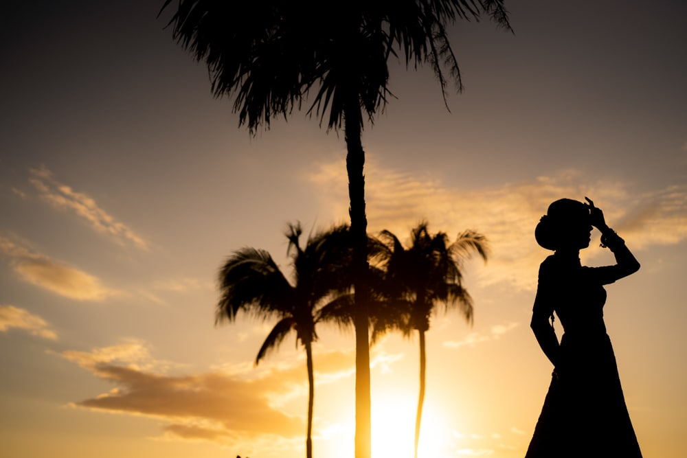 Moon Palace Sikh Hindu Indian Wedding in Cancun Mexico. Indian Bride in Red. Silhouette.