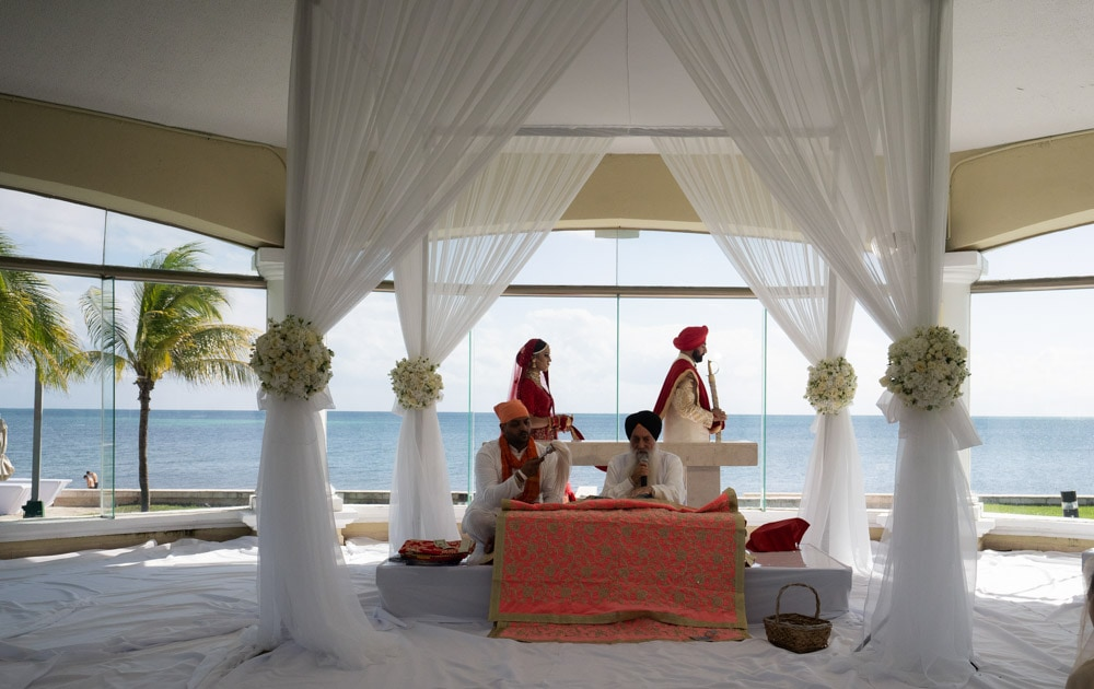 Moon Palace Sikh Hindu Indian Wedding in Cancun Mexico. Wedding Ceremony down south.