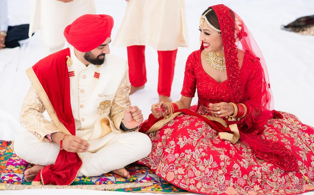 Traditional-Sikh-wedding-first-look