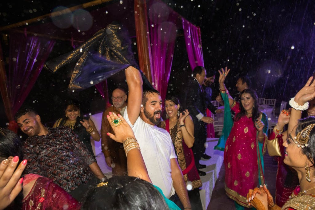 Dancing in the rain Cancun