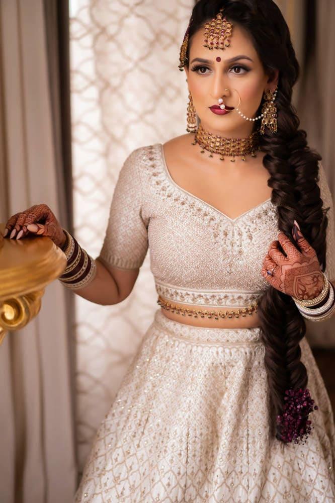 Anita Dongre Bride in off white lengha